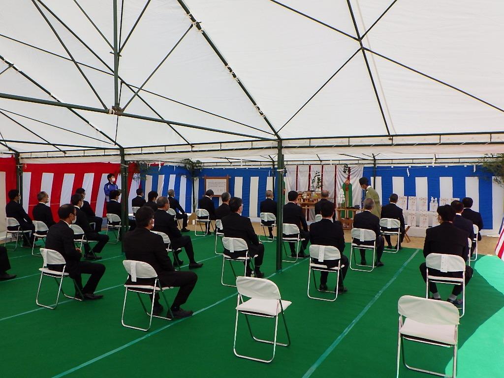「神戸日野自動車株式会社 姫路支店移転建設工事」の地鎮祭が執り行われました
