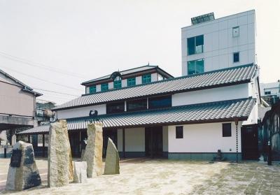 瀬戸市新世紀工芸館 土夢創舎(とむそーや)